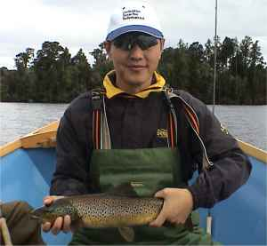 Angling report Nov 2002 Kingfisher Lodge fly fishing reports Lake Brunner